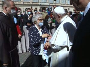 Papa Francesco con Lidia Maksymowicz