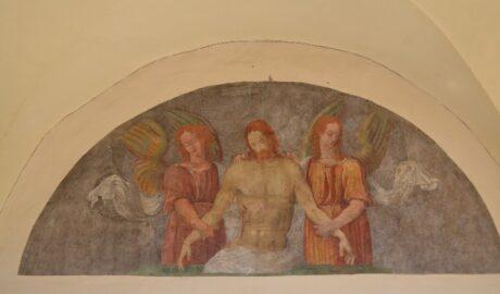 restauro conservativo della lunetta dipinta a fresco sotto i portici di palazzo dei Priori